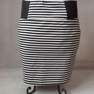 Forever 21 Striped Pencil Skirt